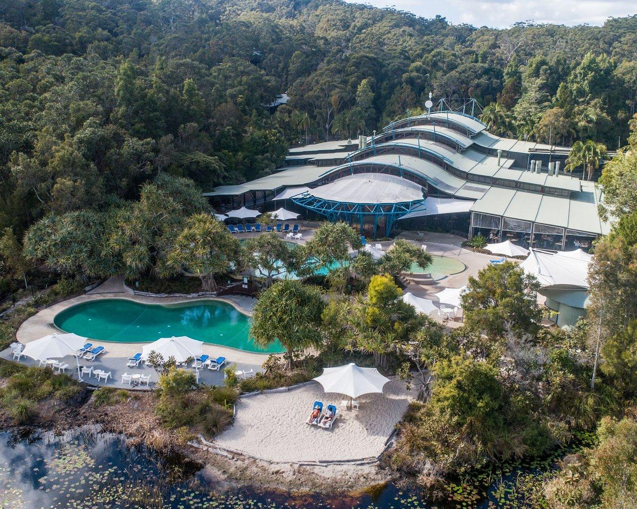 kingfisher-bay-resort