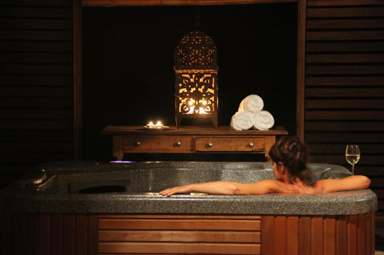HOTELS-WITH-HOT-TUBS-IN-HUNTER-VALLEY