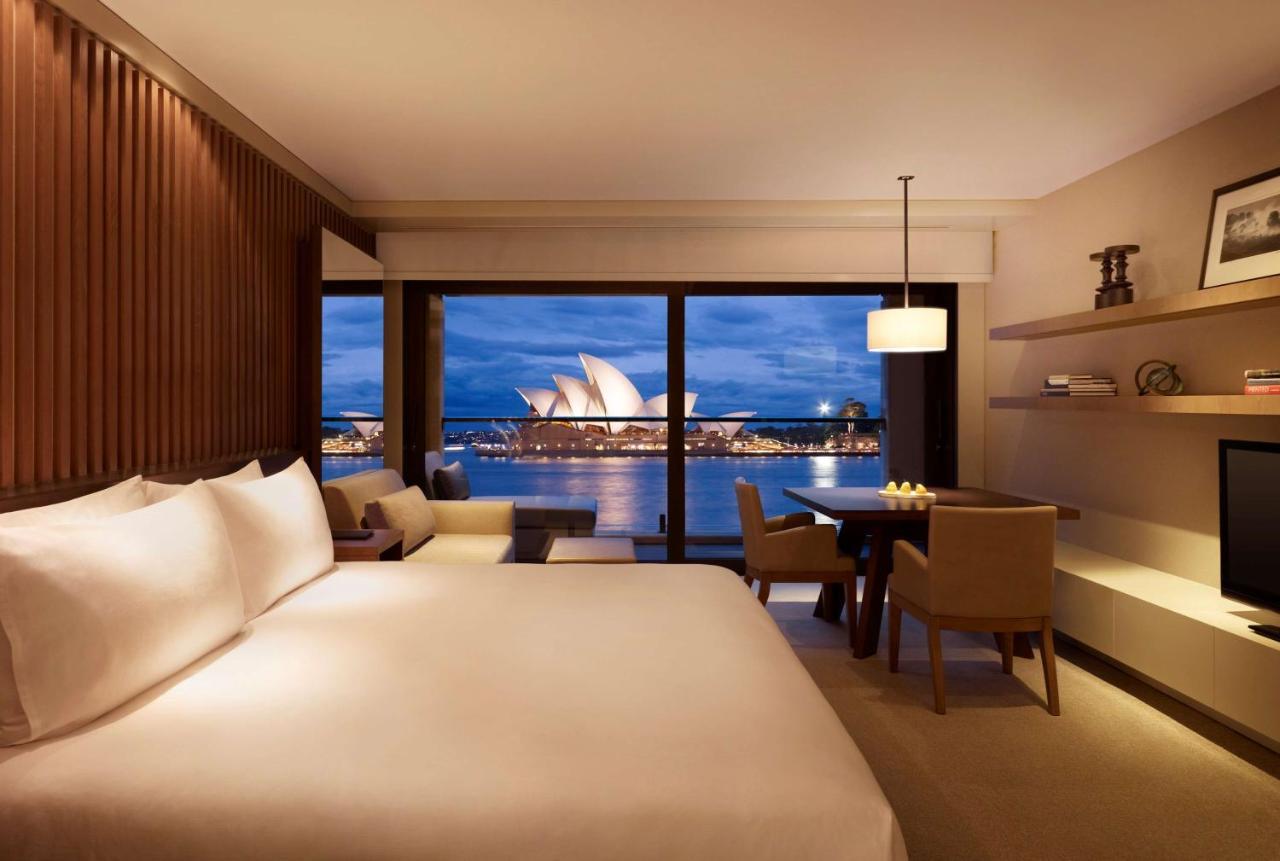 best-hotels-in-sydney-harbour-views