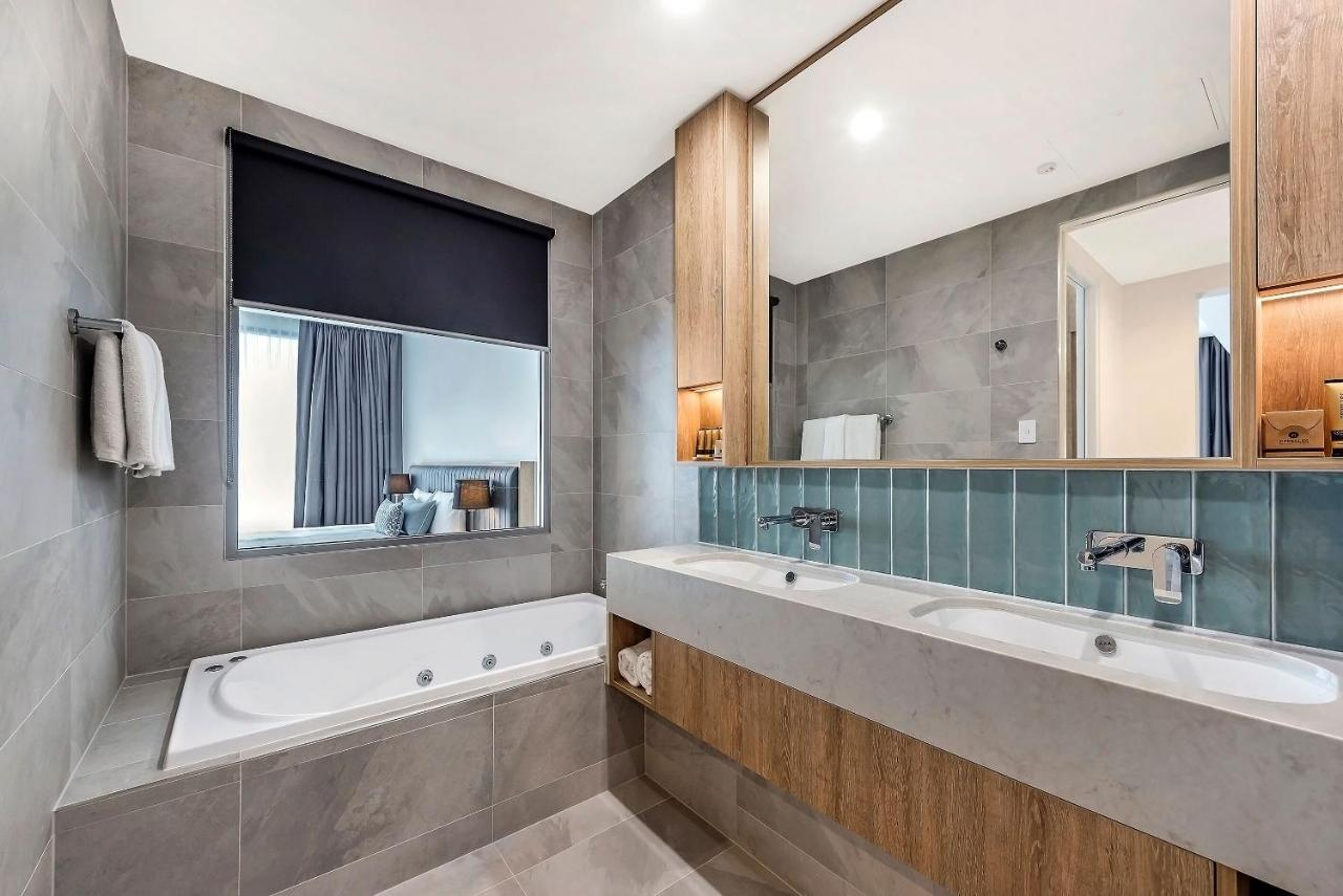 perth-hotels-with-spa-bath